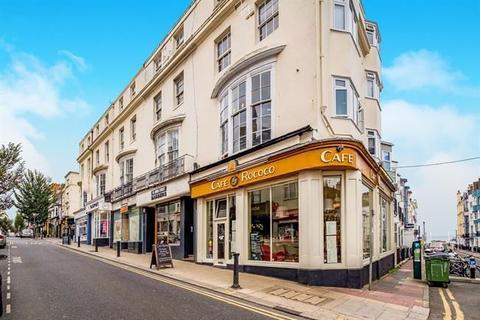 2 bedroom property to rent - St James Street, Brighton, BN2