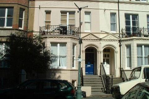 1 bedroom property to rent - hove