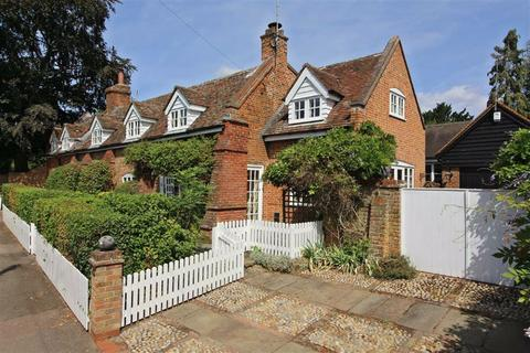 5 bedroom detached house for sale - High Street, Codicote, Hitchin, Hertfordshire