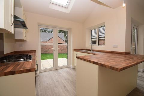 3 bedroom semi-detached house for sale - Uppingham Road, Humberstone, Leicester