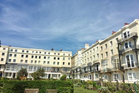 2 bedroom apartment to rent - Marine Square, Brighton
