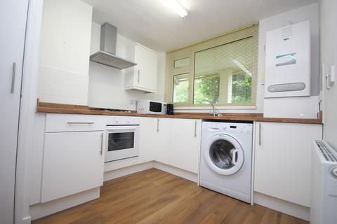3 bedroom ground floor maisonette to rent - Dieppe Close, Plymouth