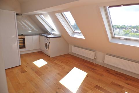 1 bedroom flat to rent - East Barnet Road, East Barnet, EN4