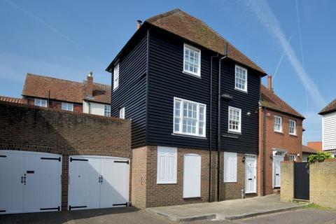 2 bedroom end of terrace house to rent - Wantsum Mews, Sandwich, Kent