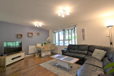 2 bedroom flat for sale - Furze Court, Exeter, EX4 1FH