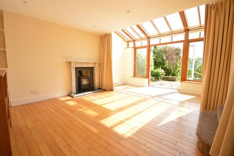 4 bedroom terraced house to rent - Lower Camden Place, BATH, Somerset