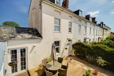 3 bedroom terraced house for sale - Sivell Place, Exeter