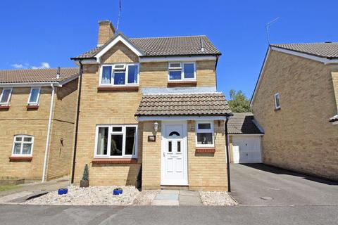 3 bedroom detached house for sale - A Beautiful & Extended Family Home in Brookside Way, West End