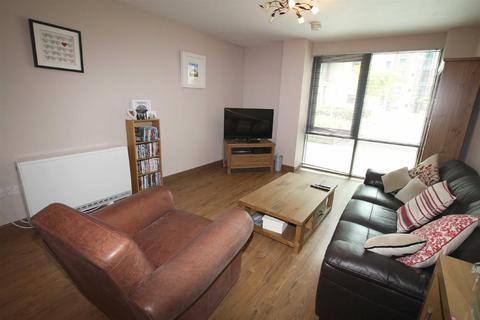 2 bedroom apartment to rent - City South, 39 City Road East, Manchester