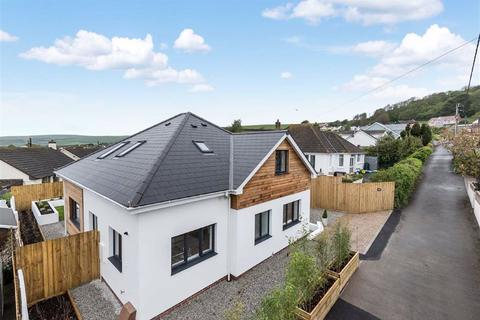 4 bedroom bungalow for sale - Willand Road, Braunton, Devon, EX33