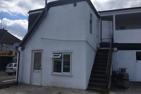 2 bedroom flat to rent - ASH ROAD, ALDERSHOT