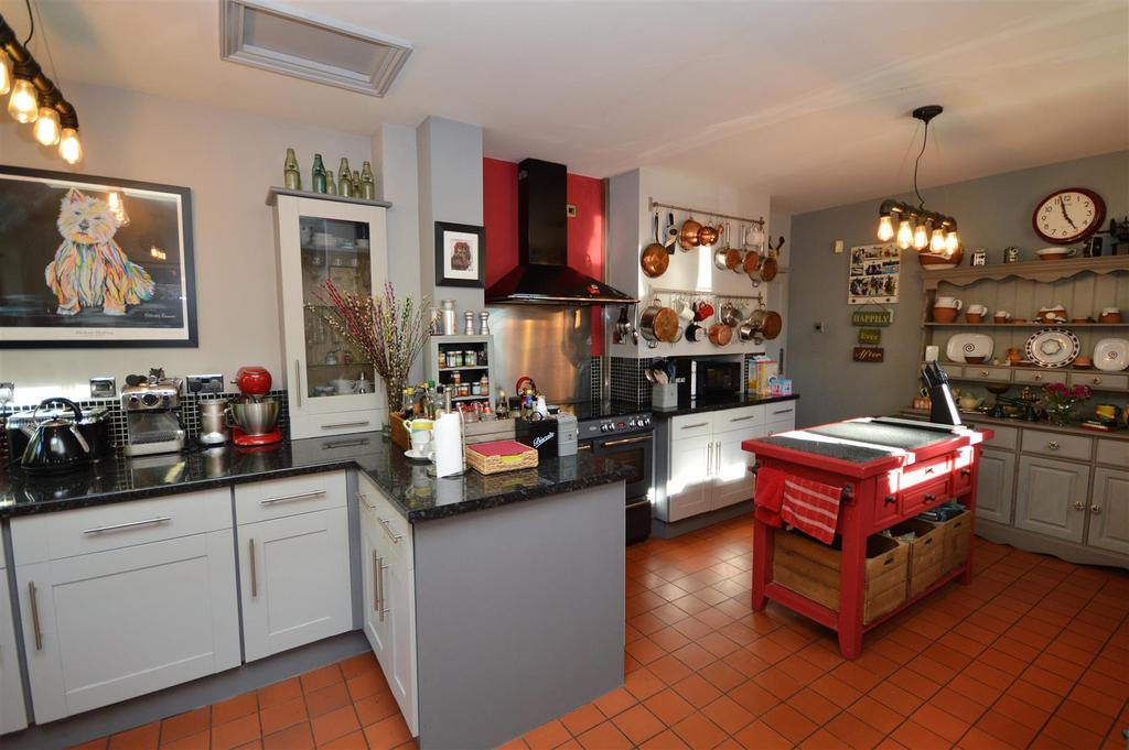 Stunning Kitchen/Breakfast Room