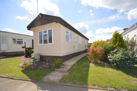 2 bedroom park home for sale - Bakers Lane, West Hanningfield, Chelmsford, CM2
