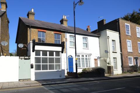 1 bedroom ground floor maisonette to rent - Thames Street, Sunbury-on-Thames