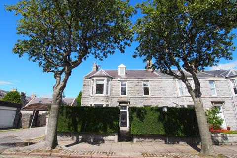 6 bedroom end of terrace house to rent - Desswood Place, Aberdeen, AB25