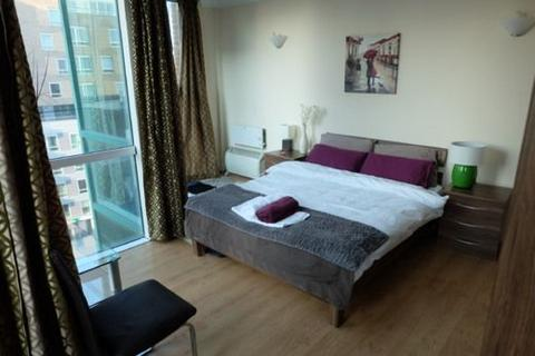 4 bedroom house share to rent - Room D, Flat 35 Aegon House