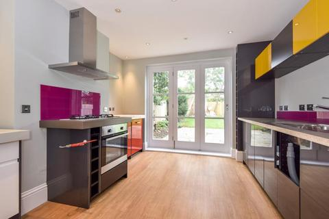 4 bedroom detached house to rent - Marlow Road, Maidenhead, SL6