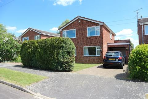 4 bedroom detached house to rent - Leys Close, Barrowby, Grantham NG32