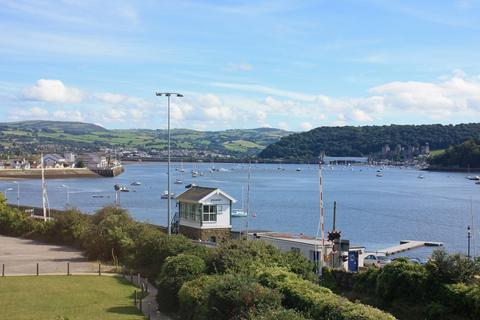 3 bedroom apartment for sale - Deganwy Castle Apartments, Station Road, Deganwy LL31