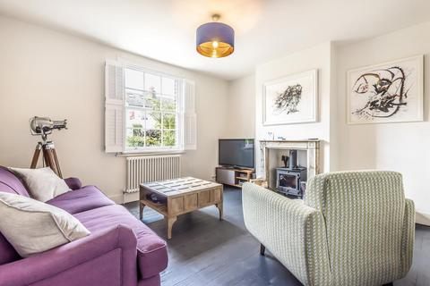 3 bedroom semi-detached house for sale - Archbishops Place, Brixton