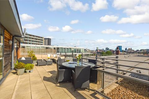 2 bedroom apartment for sale - The Base, 12 Arundel Street, Castlefield, Manchester, M15