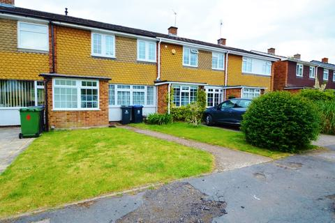 3 bedroom terraced house to rent - Homewood, George Green, SL3