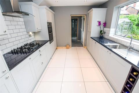3 bedroom semi-detached house to rent - Long Hey, Hale, Altrincham, Cheshire, WA15