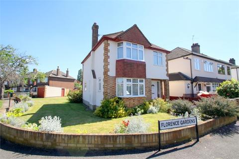 3 bedroom detached house for sale - Florence Gardens, STAINES-UPON-THAMES, Surrey