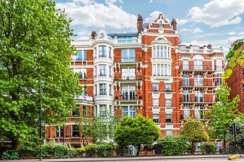 4 bedroom apartment for sale - Wellington Court, 116 Knightsbridge, London, SW1X