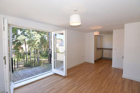 2 bedroom apartment to rent - Jaguar Lane, The Parks