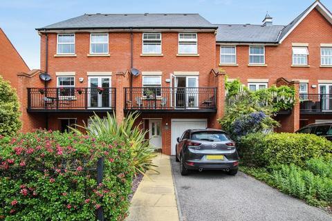 4 bedroom terraced house for sale - Sandringham Drive, Bexley Park