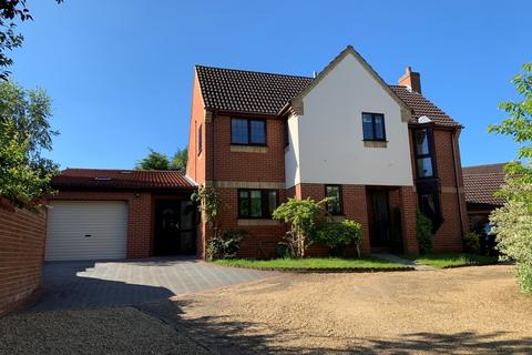 5 bedroom detached house for sale - The Chase, Brandon