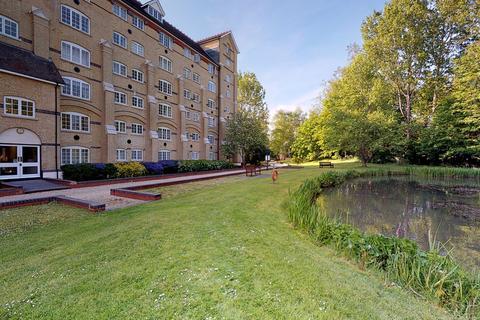 2 bedroom apartment for sale - Priors Court, Sawbridgeworth