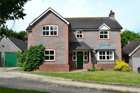 4 bedroom detached house to rent - Basingstoke Road, Kingsclere, Newbury, Hampshire, RG20