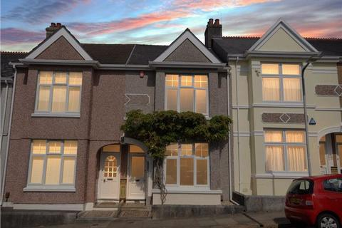 2 bedroom terraced house for sale - Durban Road, Peverell, Plymouth. A simply gorgeous 2 double bedroomed classic terraced home close to Central Park