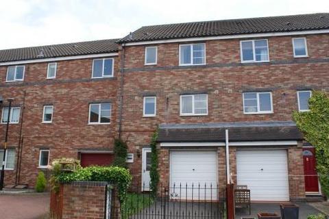 4 bedroom townhouse to rent - Bensham Road, Village Heights, Gateshead, Tyne & Wear NE8