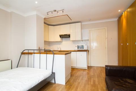 Studio to rent - Mayfair Court, 120 West Bar, Sheffield City Centre