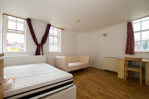 Studio to rent - Mayfair Court, 120 West Bar, Sheffield City Centre S1