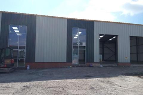 Industrial unit to rent - Vulcan Way, Coalville