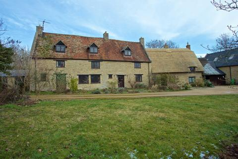 5 bedroom detached house for sale - Odell, Bedfordshire