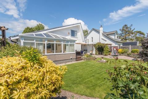 3 bedroom detached house for sale - 6 Meadow Grove, Grange-over-Sands