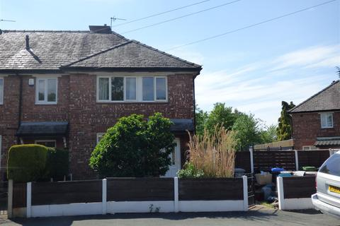 3 bedroom house to rent - Woodstock Road, Broadheath, Altrincham