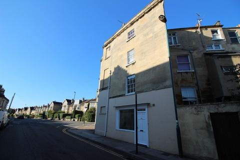 1 bedroom flat to rent - Monmouth Place, Bath