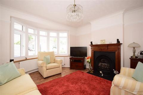 2 bedroom semi-detached bungalow for sale - Azalea Avenue, Wickford, Essex