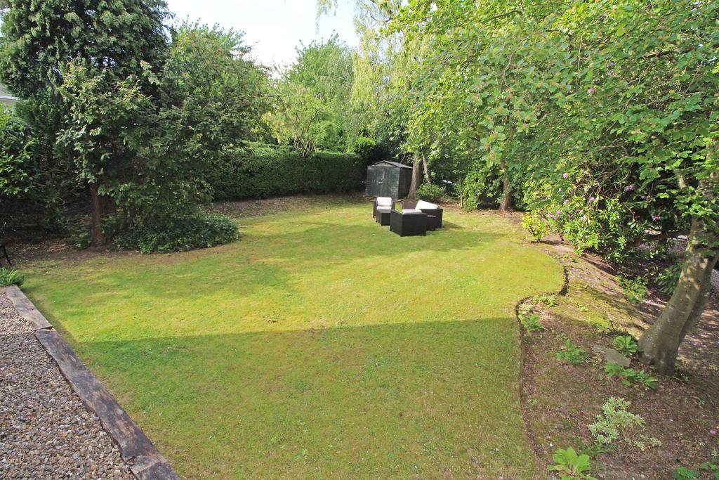 Private, Well Tended Garden
