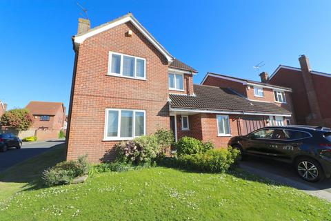 5 bedroom detached house for sale - Cleveland Close, Eastbourne, East Sussex, BN23