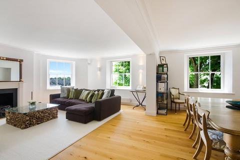 3 bedroom penthouse for sale - Pier Head, Wapping High Street, London, E1W