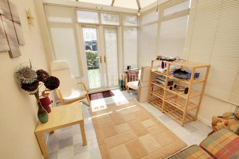 2 bedroom terraced house for sale - Clifton Avenue, Clifton