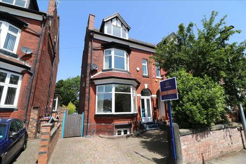 5 bedroom semi-detached house to rent - Snowdon Road, Eccles, M30 9AS