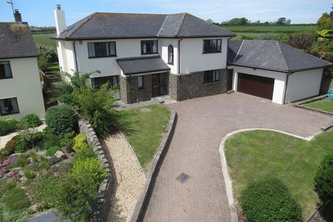4 bedroom detached house for sale - Crug Yr Awel, Sigingstone, Cowbridge CF71 7LP